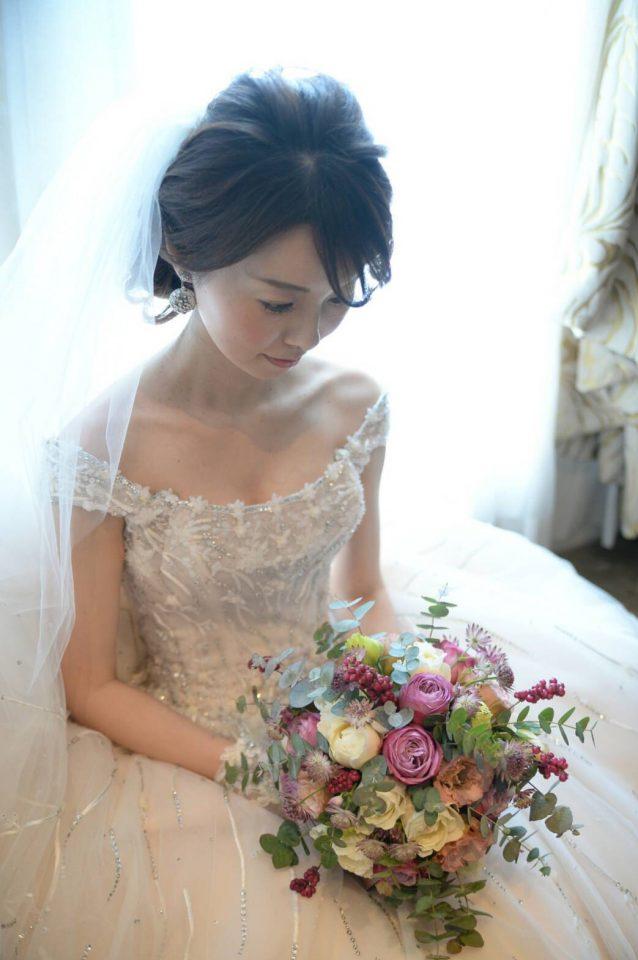 INES DI SANTO(イネスディサント)でトレンドの花嫁様に