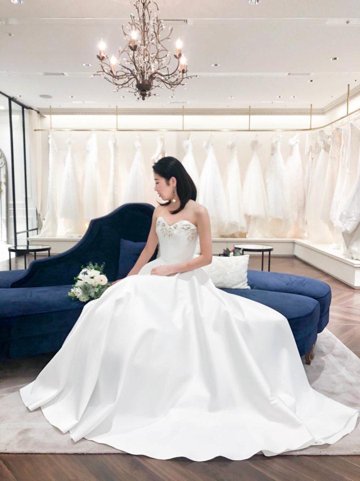 遊び心あるHALFPENNY (ハーフペニー)のドレスでナチュラルウェディングを