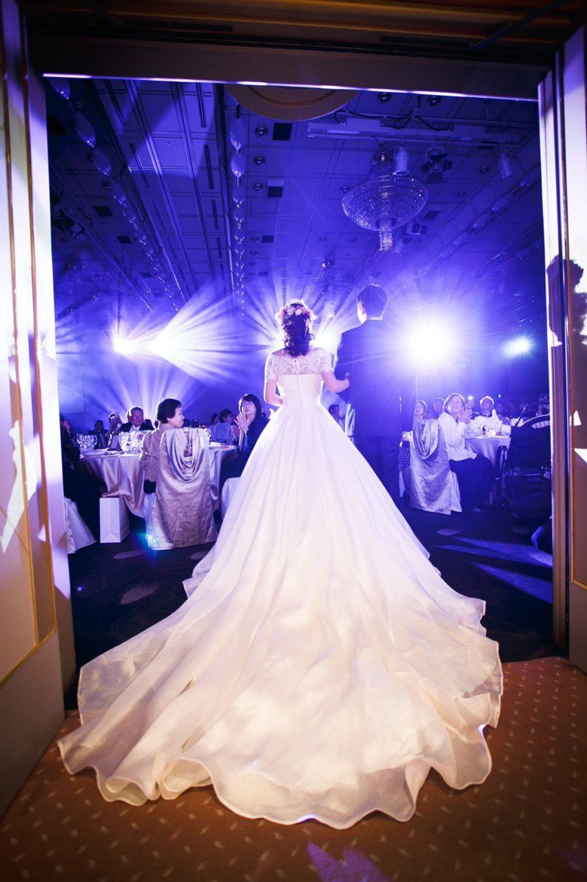 ホテル日航福岡 都久志の間 披露宴 ウェディングドレス