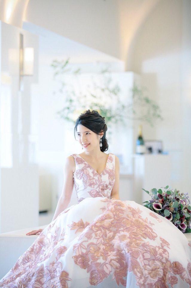 エレガントでフェミニンなJUNO(ジュノ)オリジナルカラードレス