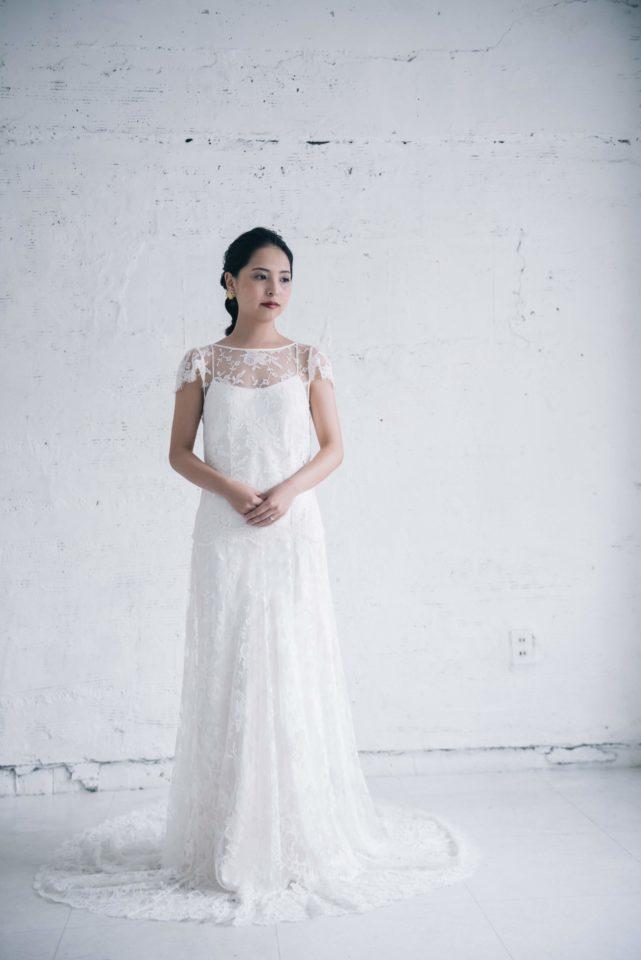 フレンチスリーブのウェディングドレス