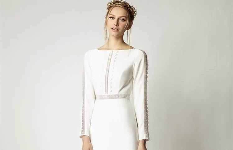 348e47754efa7 メーガン・マークルのようなウェディングドレスが欲しい! ミニマルエレガンスの花嫁姿を叶えるドレス5着