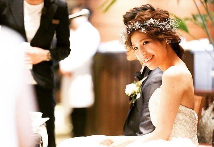 海外で大人気!花冠で作るトレンドスタイル