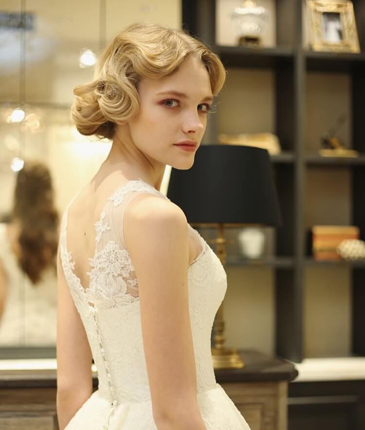 ウェディングドレス 髪型
