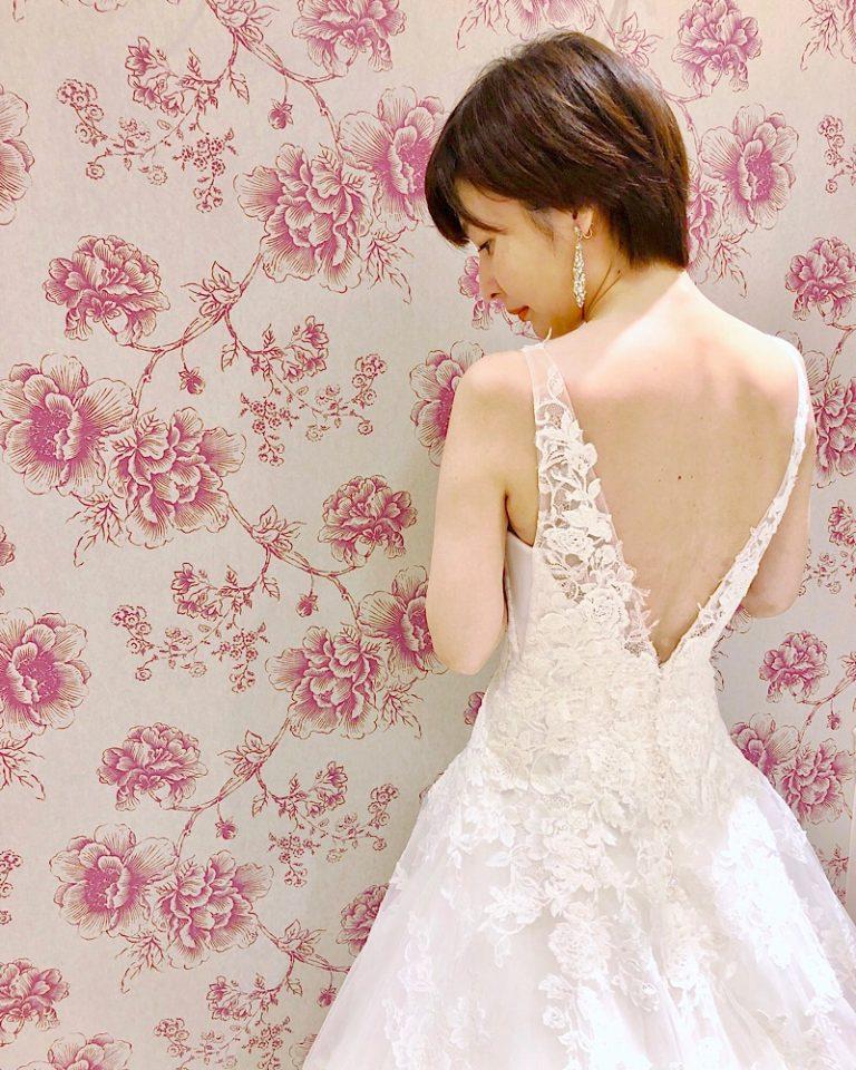 ENZOANI(エンゾアニ)のドレスで叶える大人ウェディング