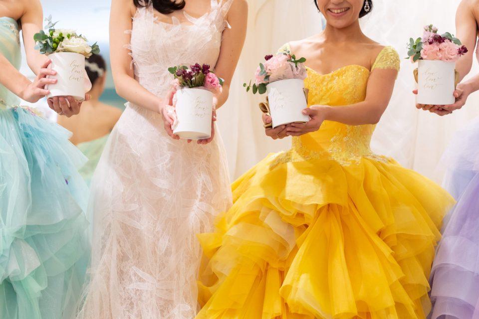 イベントレポート <p>第3回Dressesプレ花嫁座談会・ドレス試着会 Fiore Bianca大阪店編 Vol.2 <p>「カラードレス、どうやって選んだらいいですか?」</p>