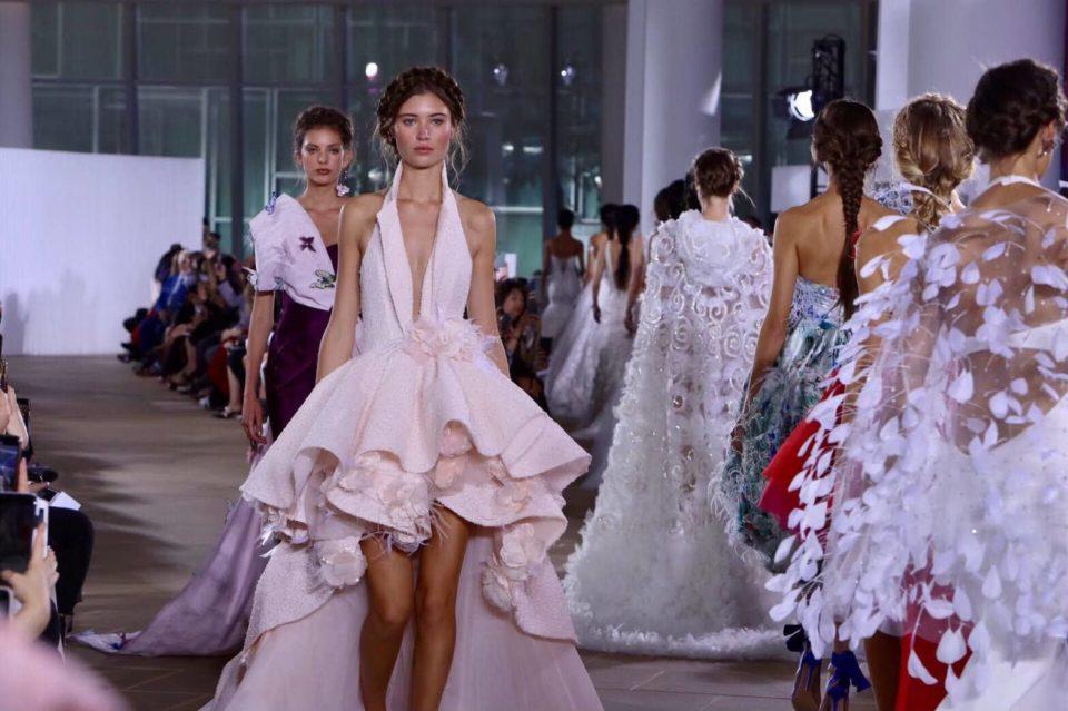 【2019秋】ニューヨーク発信の最新ウェディングドレス | NYのショーと買付に密着