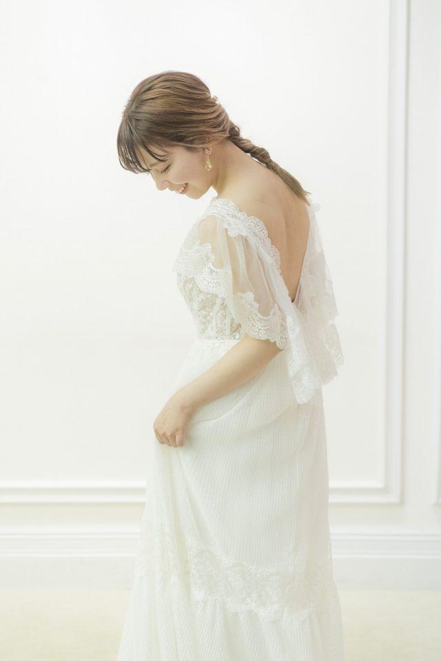 inmaculada (インマクラーダ)スレンダーラインウェディングドレス