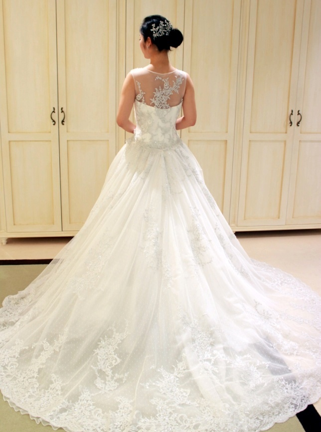 Fiore Bianca(フィオーレビアンカ)オリジナルの2WAYウエディングドレス