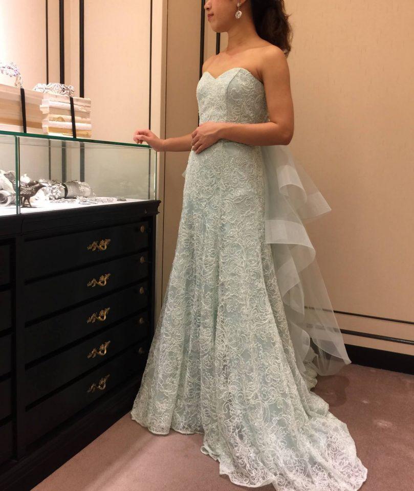 Leaf for Brides(リーフフォーブライズ)の新作ドレスで大人ナチュラルなウエディングを