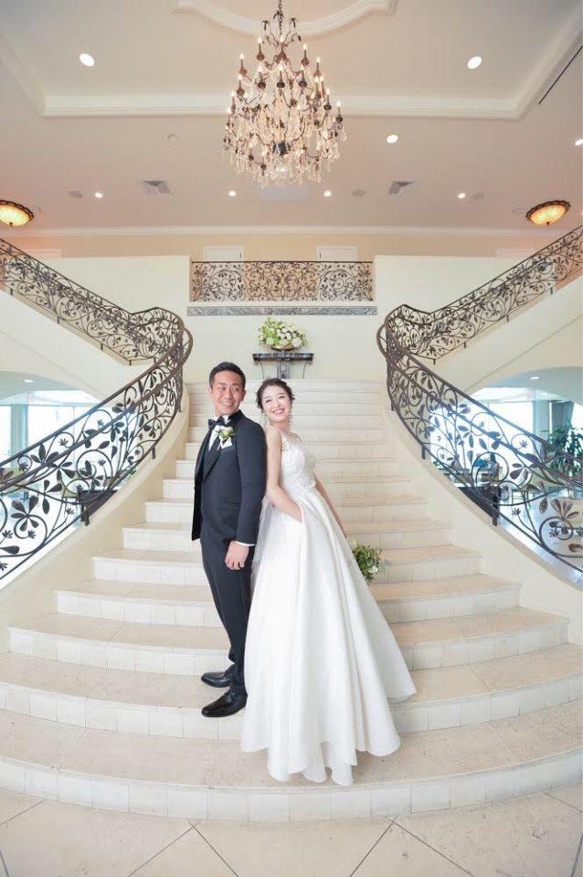ファッショナブルで洗練された花嫁様へ NAEEM KHAN(ナイームカーン)