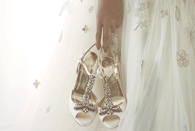 足元まで素敵にコーディネート♡ドレスに似合う靴の選び方