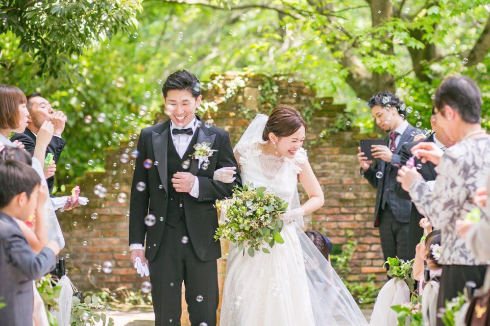 アットホームな結婚式に!人気のカジュアルウェディングとは?