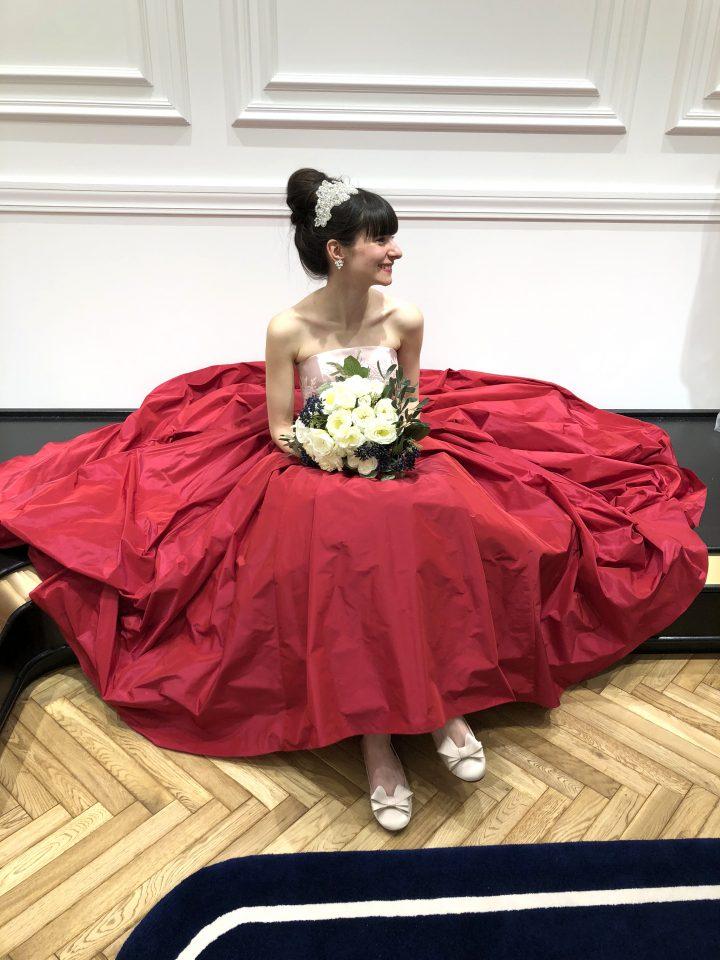 大人っぽさと可愛らしさを兼ね備えたJUNO(ジュノ)オリジナルカラードレス