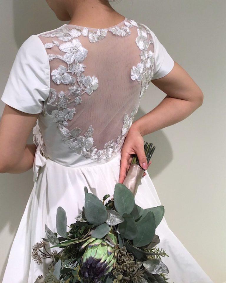 タフタ 袖付き ドレス