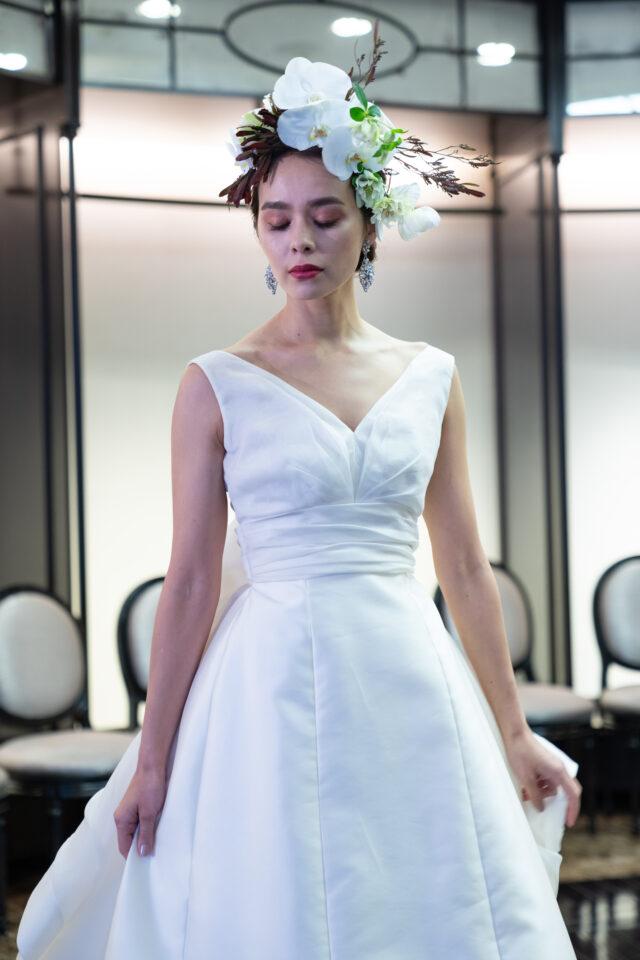 Aライン ミカドシルク ウエディングドレス