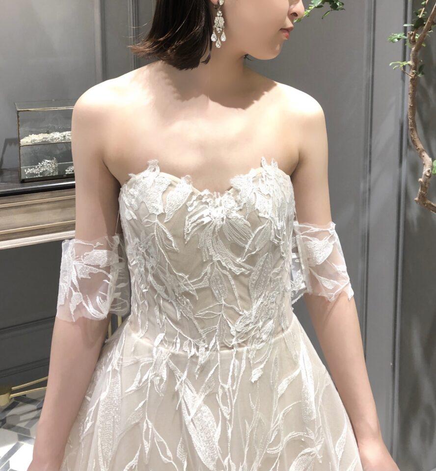 Romona Keveza(ロマナケヴェザ) フラワーモチーフ ドレス