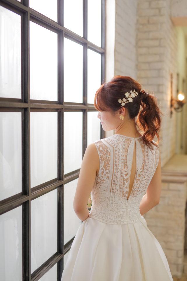 NAEEM KHAN ウェディングドレス スタイリッシュ インド刺繍 バック 背中