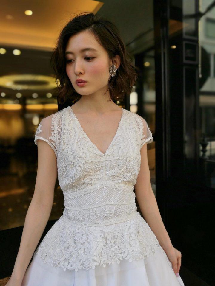 ナイームカーンの新作ドレスでスタイリッシュで洗練された花嫁様に。