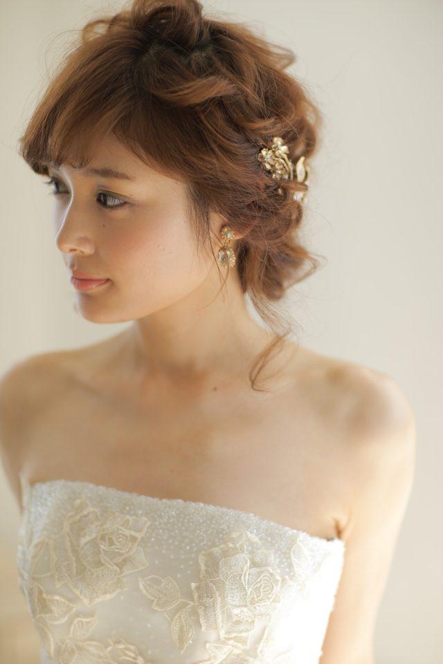 美しく凛とした花嫁様へYolanChrisのドレス
