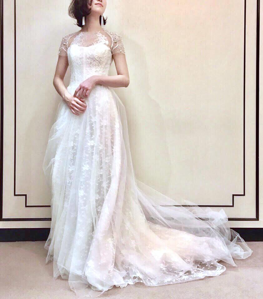 気品溢れるエレガントなINES DI SANTO(イネスディサント)のウェディングドレス