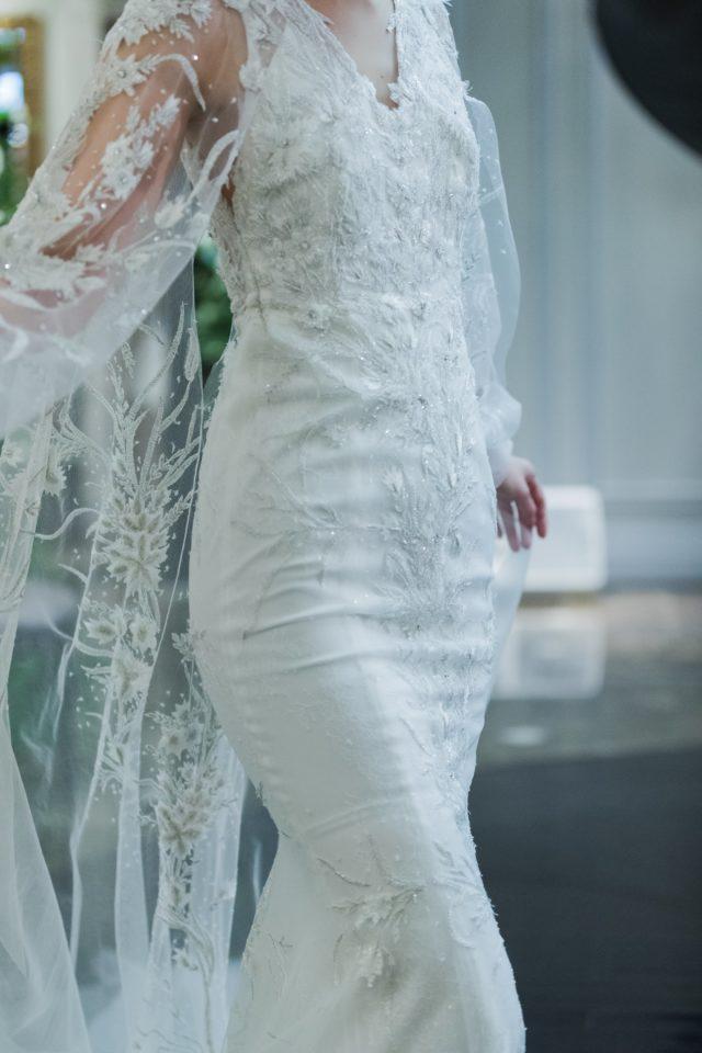 ケープドレス