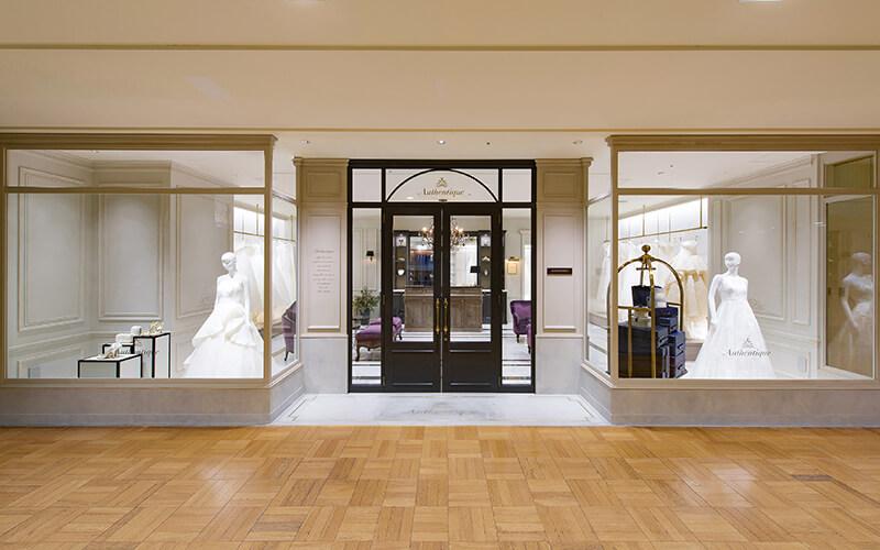 パリのホテルのように、おしゃれな空間でドレス選びが楽しくなるAuthentique横浜店