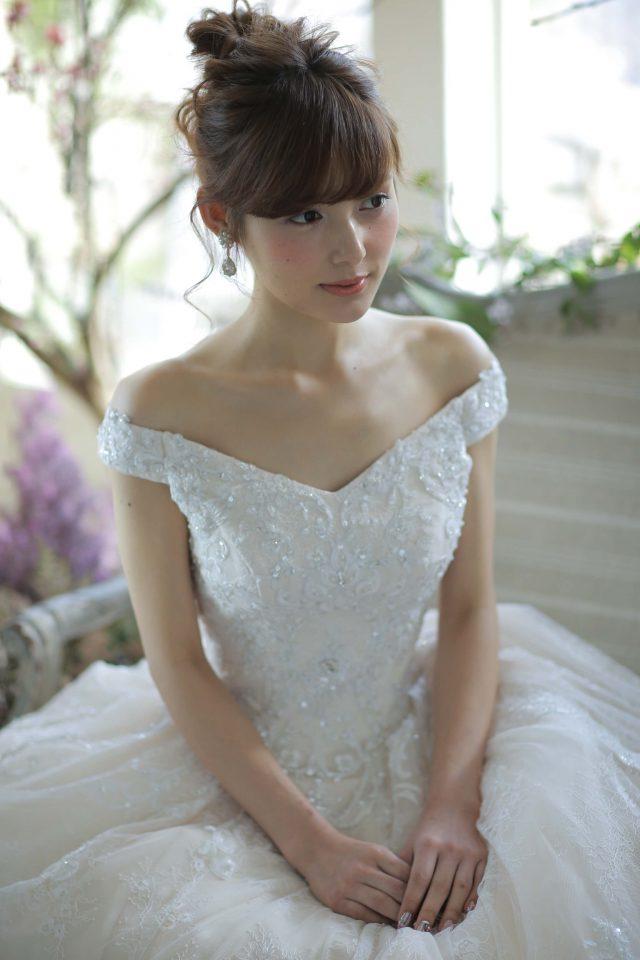 ウエディングドレス 髪型
