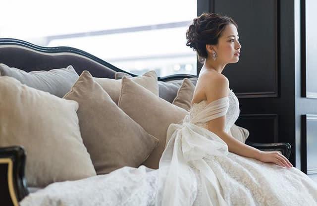 これを読めばすべてわかる!ウェディングドレスのライン、トレーン、袖の種類、ブライダルアクセサリーに対する基礎知識