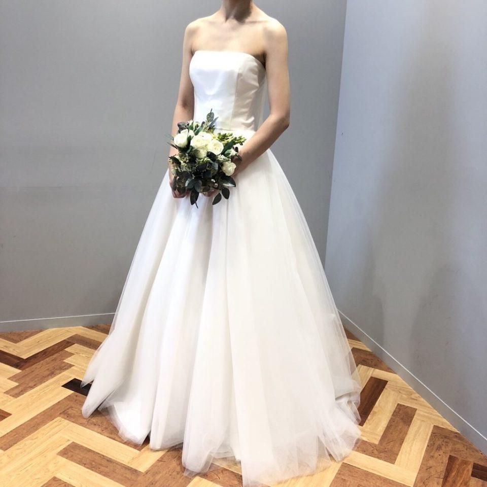 2wayで魅せるBliss by Monique Lhuillier(ブリス バイ モニークルイリエ)のドレス
