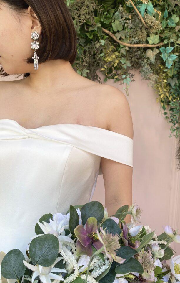 Fiore Bianca(フィオーレビアンカ)オリジナルドレス プリンセスライン オフショルダー
