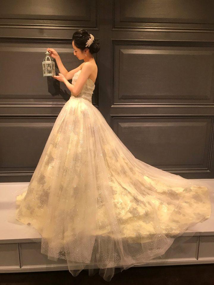 ナイトウエディングにお勧めのカラードレス